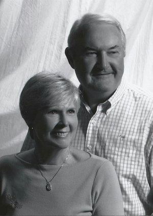Dick and Maureen Russell couple headshot